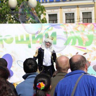 ФЕНСИ БАБЛС, благотворительность, шоу мыльных пузырей, департамент культуры г. Москвы, Цветной бульвар, майский праздники