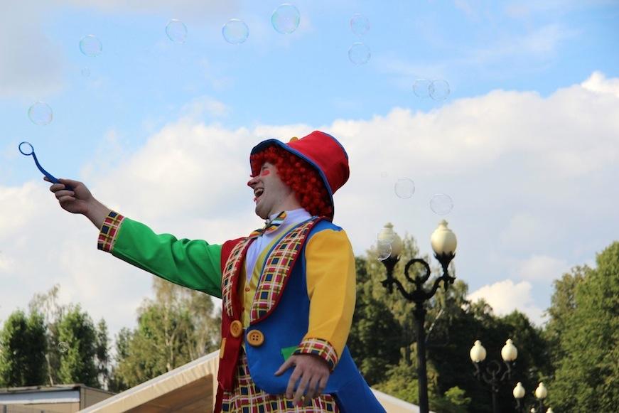 ФЕНСИ БАБЛС, шоу мыльных пузырей, фестиваль цирка, парк Измайлово, Егор Хахуляк