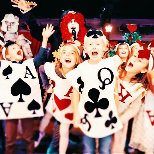 Фото праздник Алиса в стране чудес